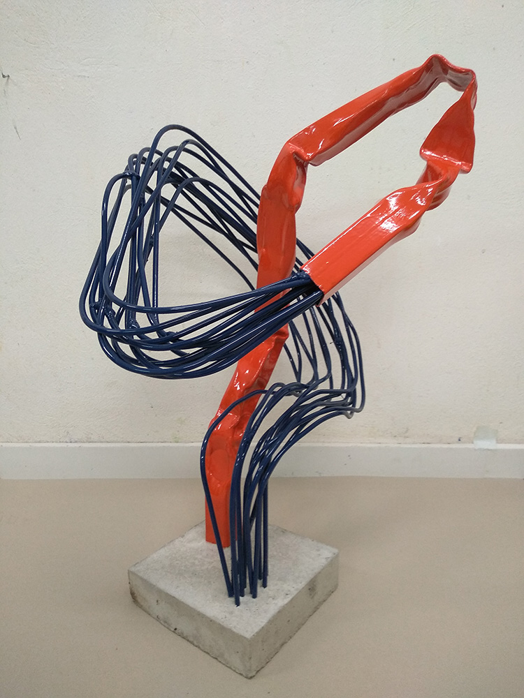 Stergios Stamos, Contact, 2020, iron and cement, 78 x 46 x 46 cm
